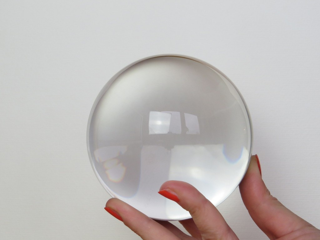 glass-ball-684902_1280